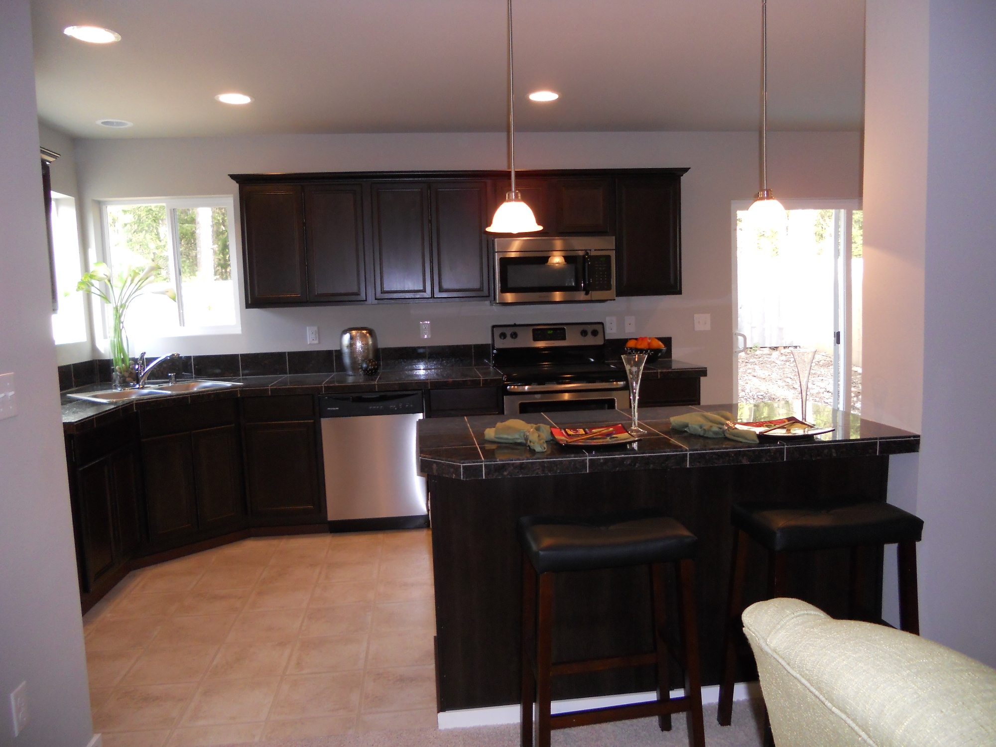 Foxbury park regent homes for Model home kitchen images